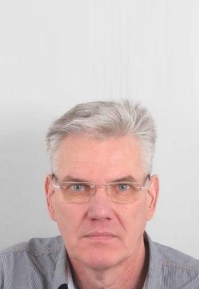 Guus Hoekstra